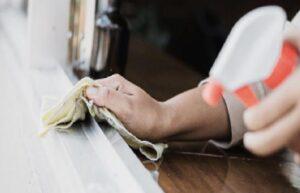 Ev ve apartman temizliği ile geçimini sağlayan kadınlar, güvencesiz çalışıyor
