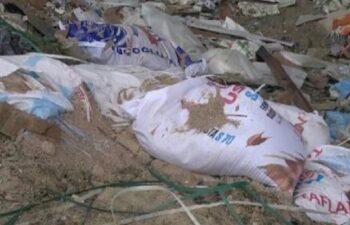 İnşaattan atılan moloz çuvalı üzerine düşen işçi, ağır yaralandı 3