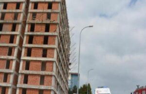 Bilecik'te iş cinayeti; İnşaattan düşen işçi öldü