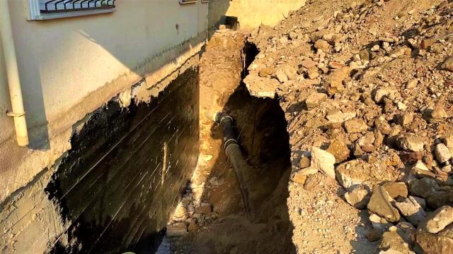 Gebze'de toprak altında kalan işçi kurtarıldı 3