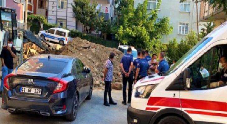 Gebze'de toprak altında kalan işçi kurtarıldı 2