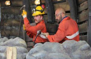 Madenlerdeki iş güvenliği tiyatro ile anlatılıyor 1