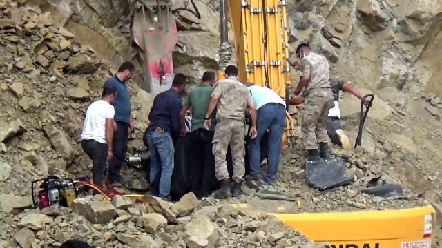 Erzurum'da iş cinayeti: İş makinesinde sıkışan Mustafa Şahan hayatını kaybetti