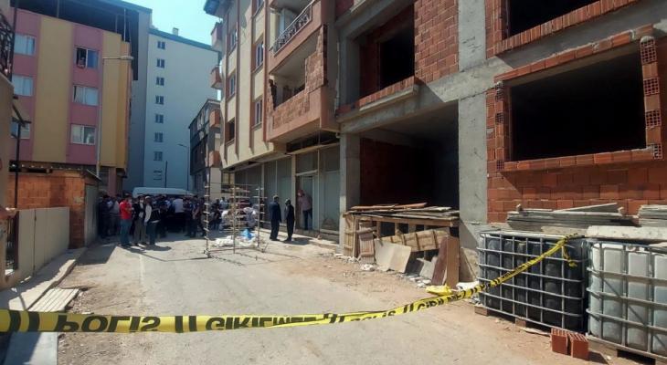İzmir'de iş cinayeti: İnşaatın balkonundan düşen Kemal Demir hayatını kaybetti 11